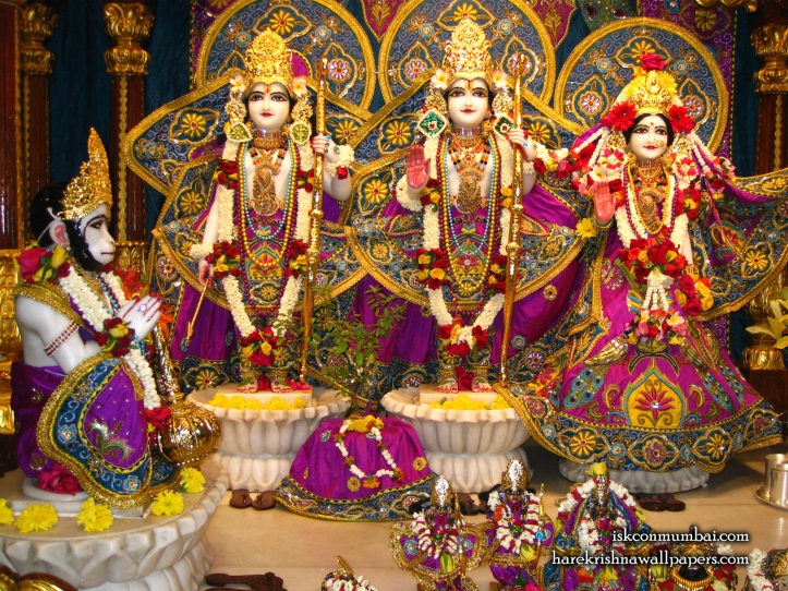 006-Sri_Sri_Sita_Rama_Laxman_Hanuman_-_1600x1200.jpg