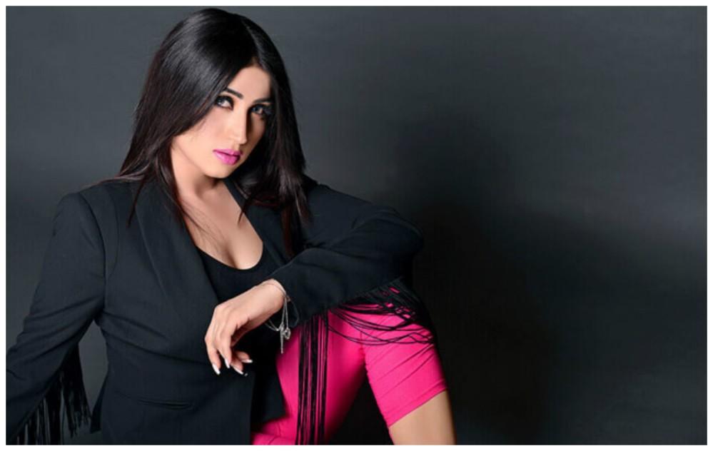 QandeelBaloch-Pakistani-Model-Qandeel-Baloch-Strangled-to-Death-by-Her-Brother