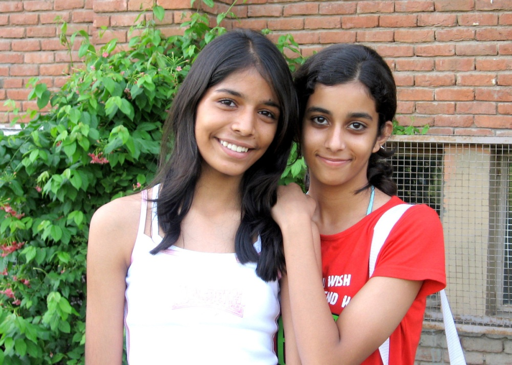 aarushi-and-friend